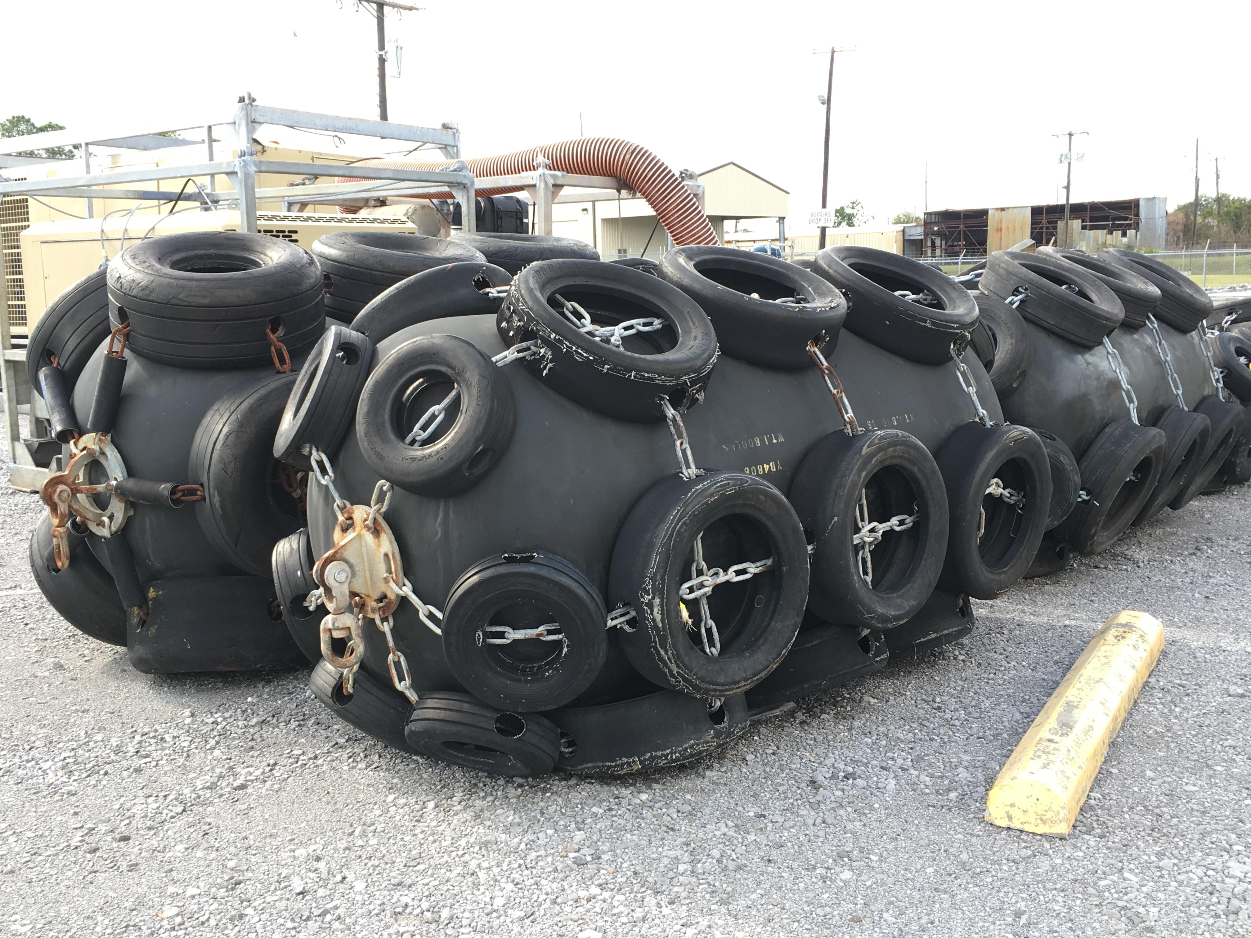 buoy-fenders