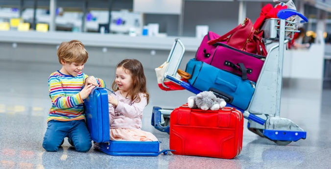 3 Ways toTravelwith Kids During the Holidays