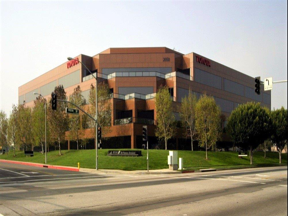 Gramercy-plaza-torrance-office-space