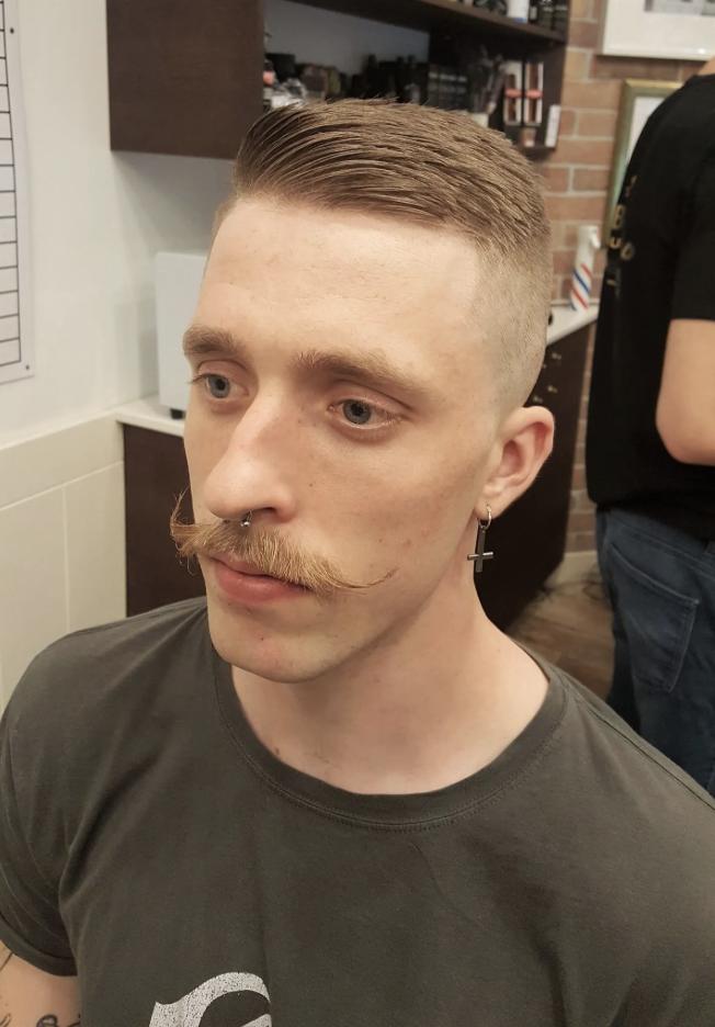 barber shop szakalligazitas