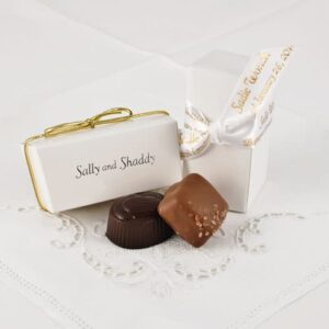 2 Pc. Personalized White Favour Box with Chocolates