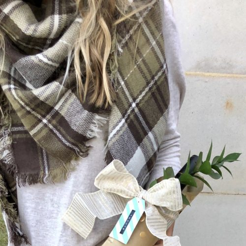 Thanksgiving Outfit + A Hostess Gift Idea