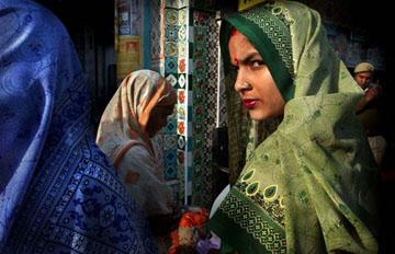 Kashmir © Ami Vitale, 2002