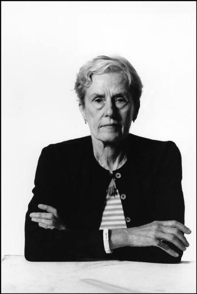 Inge Morath, London, 1997. © Rene Burri/Magnum Photos.