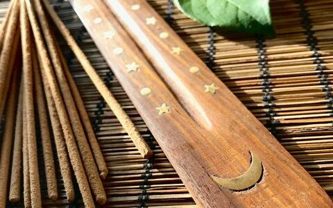 Purifying Incense: Sandalwood, Lemongrass, Lavender, Palo Santo, Cinnamon