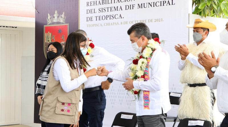 Inaugura Rutilio Escandón rehabilitación integral del Sistema DIF Municipal de Teopisca