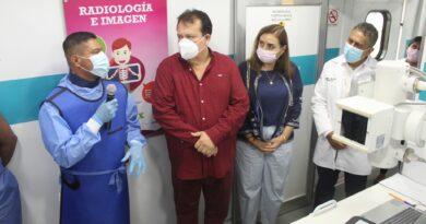 Gobernador Rutilio Escandón Cadenas envía Caravana de la Salud a Villaflores