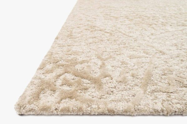 large ivory area rug close up