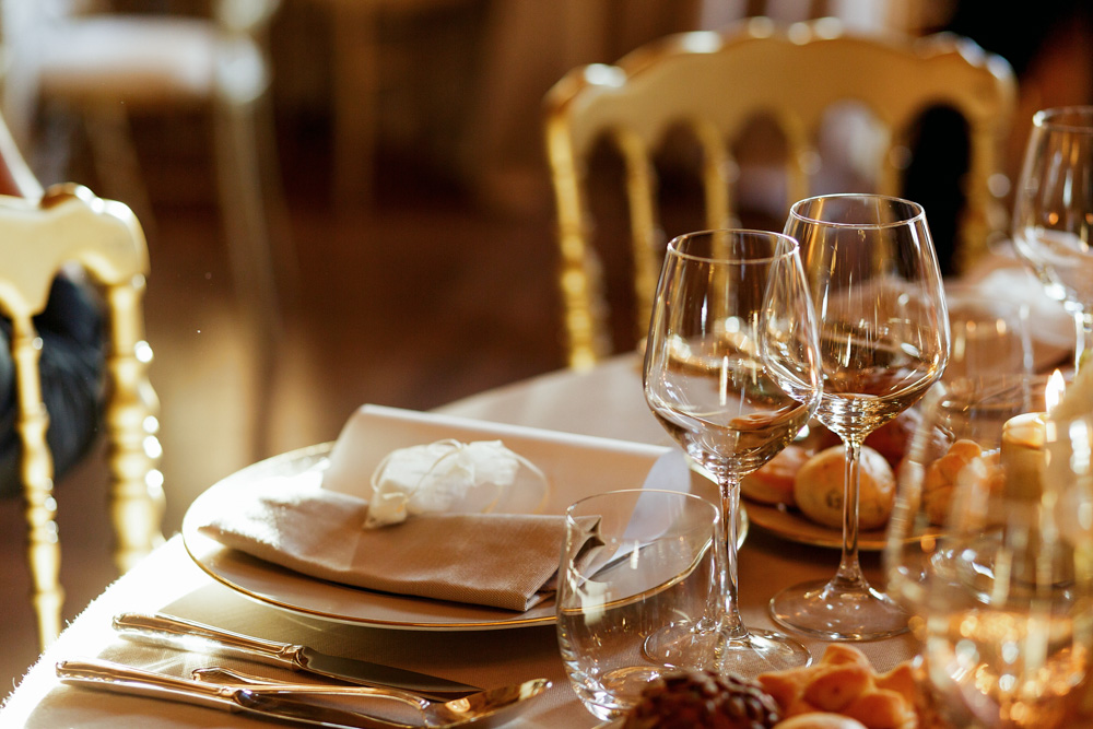 How to Create the Perfect Rehearsal Dinner Playlist