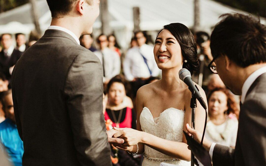 11 Beautiful Vows From Couples Who Wrote Their Own