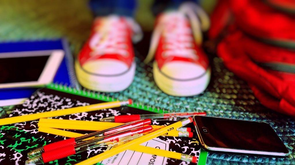 O&O unruly school supplies