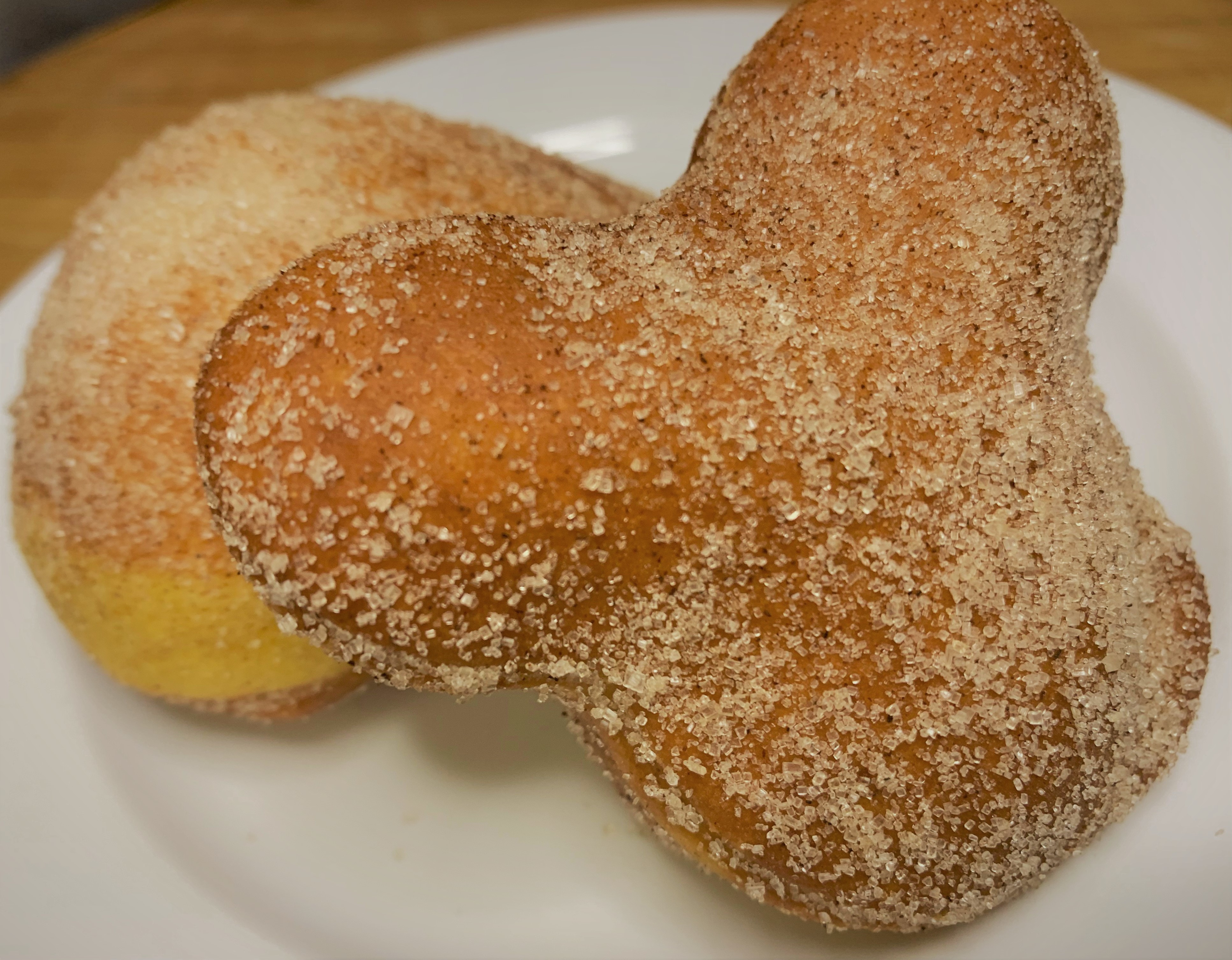 A cinnamon-sugar alternate topping to the beignets