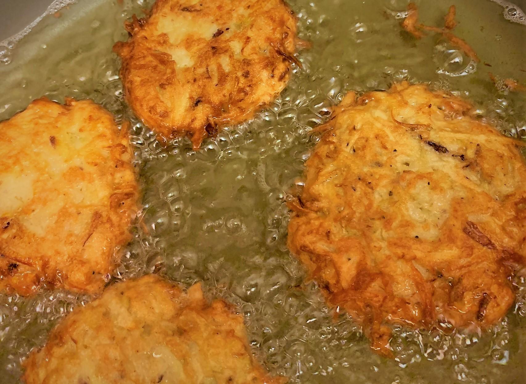 Frying the Latkes for our Smoked Salmon Potato Latkes