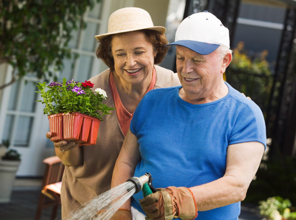 Benefits of Gardening in Senior Living Communities