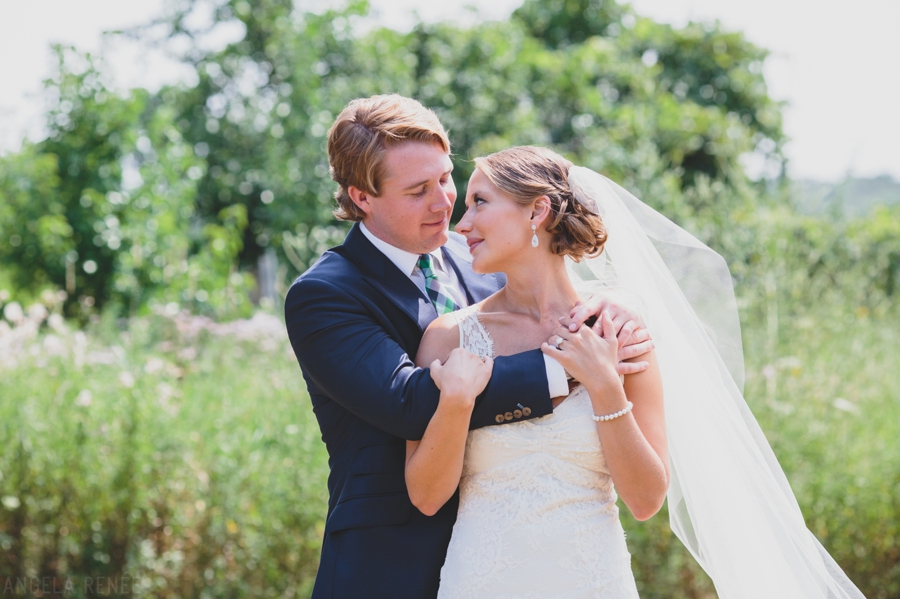 Elawa Farm Outdoor Sunshine Wedding020