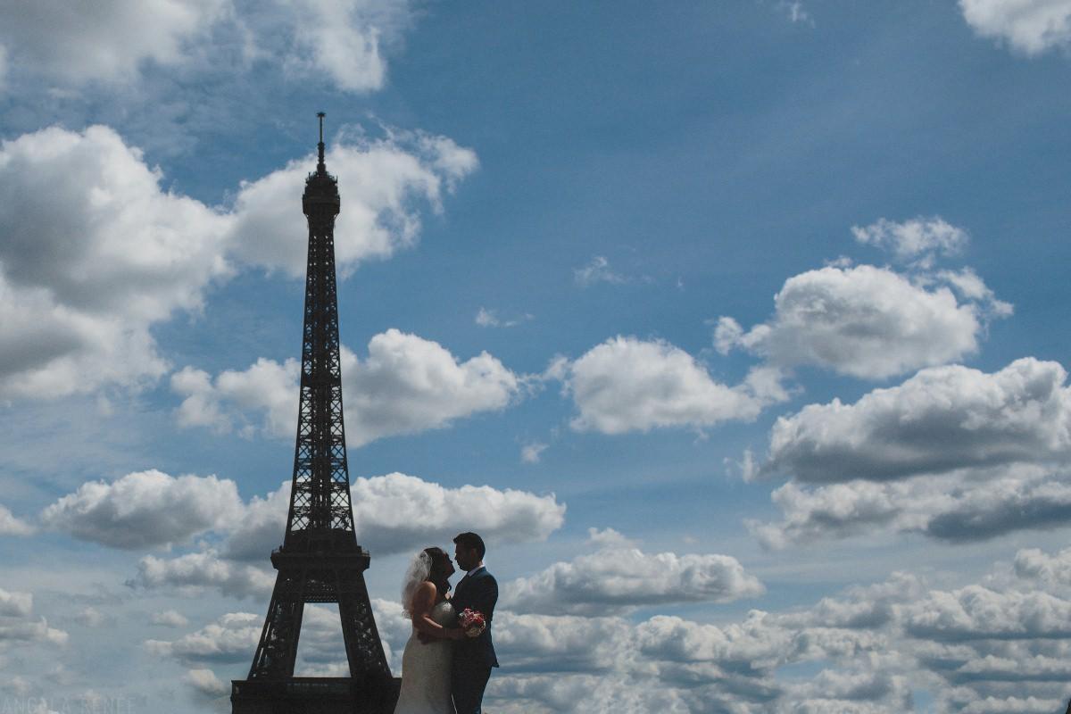 eiffel-tower-wedding-day-photo