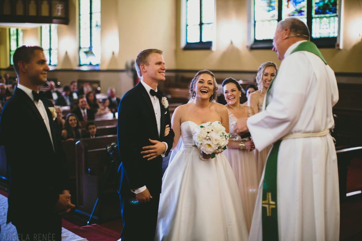 bride-groom-church-wedding