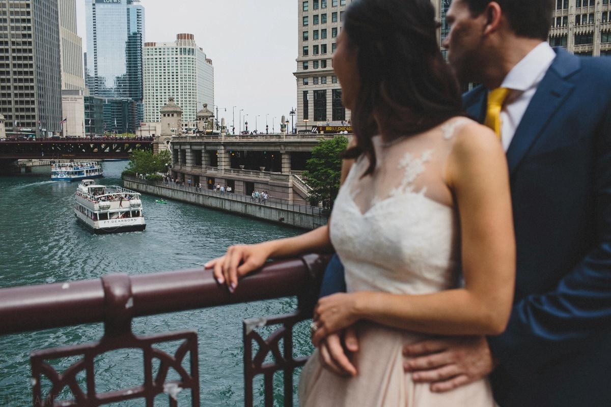 bride-groom-bridge-chicago