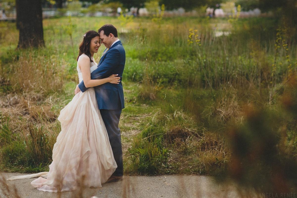 portrait-nature-bride-groom
