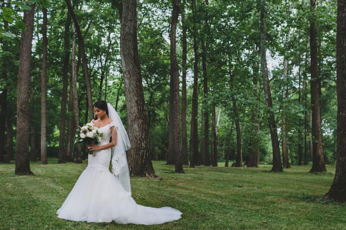 bride-portrait-nature