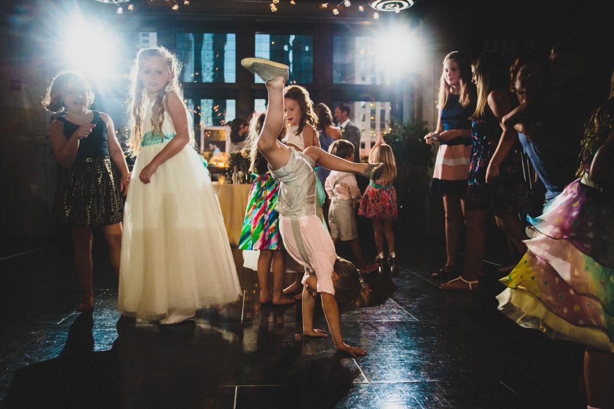 kids-dancing-at-reception