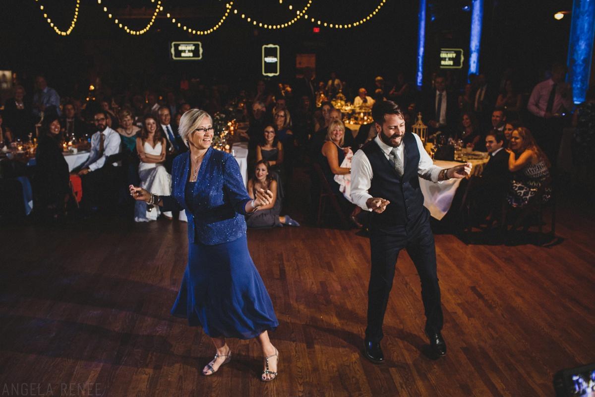 fun groom mother dance