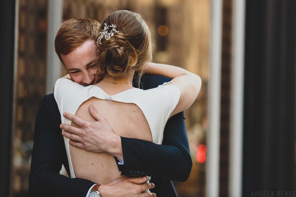 groom-reaction-first-look