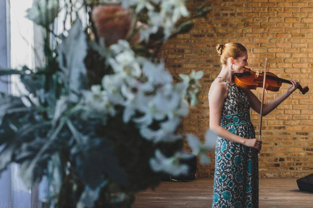 violin-player-ceremony