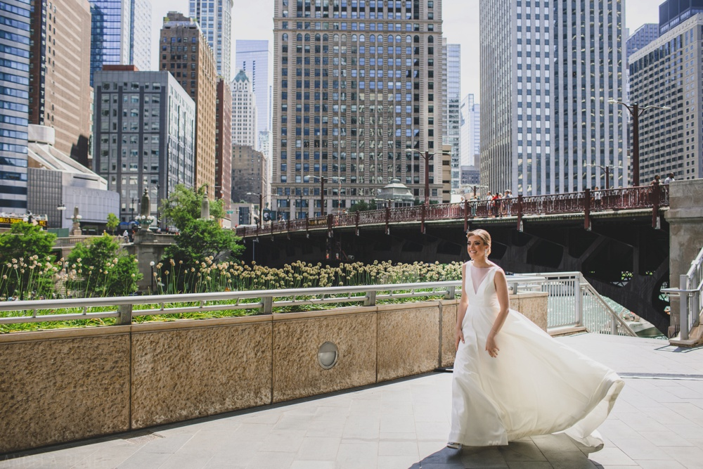 bride-first-look