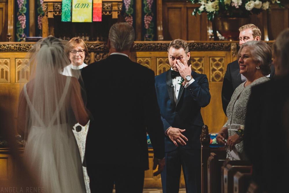 groom-seeing-bride-walking