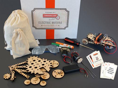 STEM Activities: Tinkering Labs