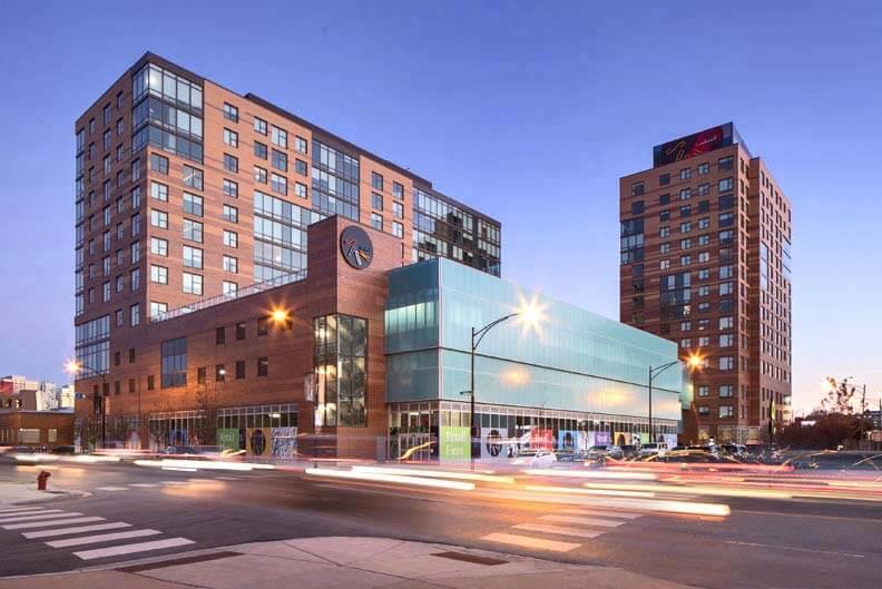 masonry spoke apartments chicago
