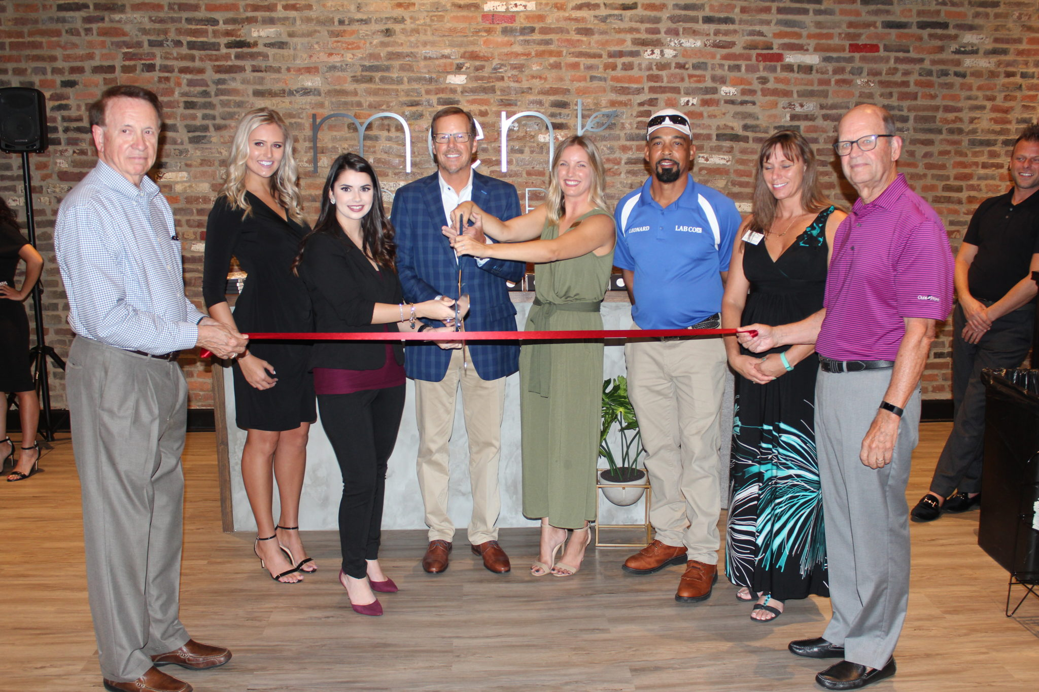 Ment Cowork Ribbon Cutting