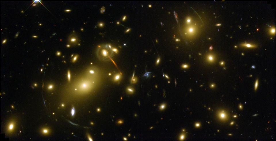 Galaxia Abell 2218- Hubble