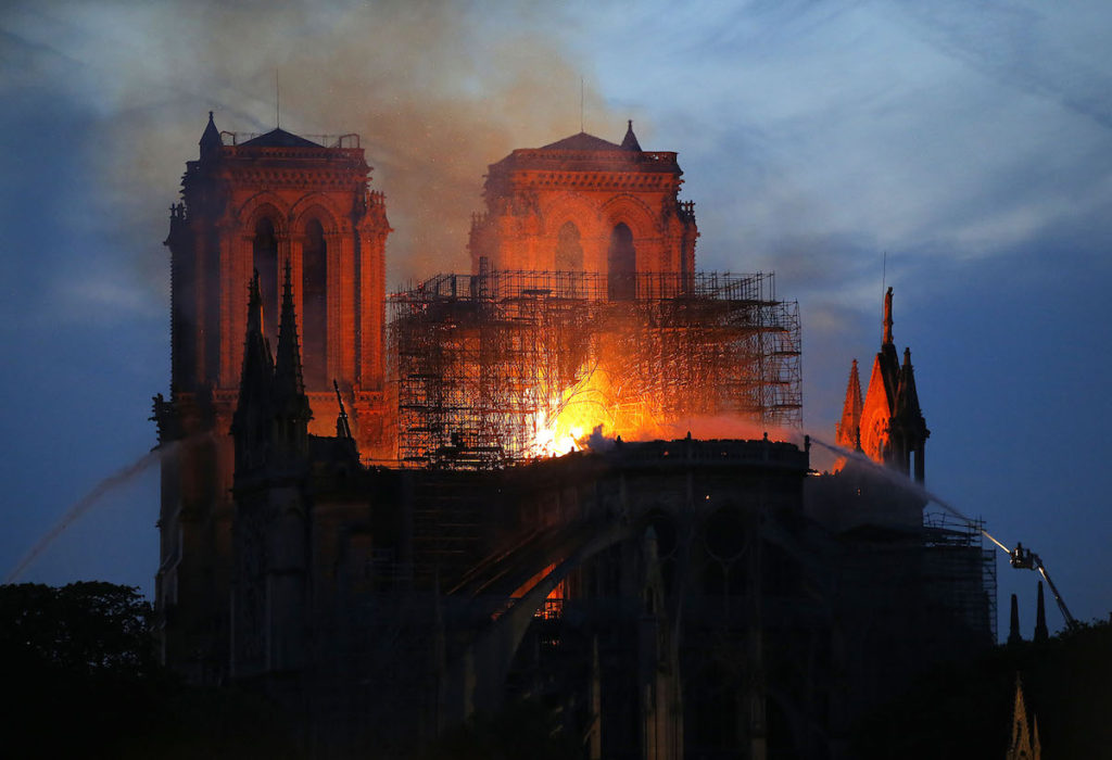 Incendio catedral de Notre Dame, Paris, el 16 de abril de 2019- AP Photo, Michel Euler