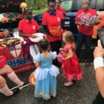 2019-TT_Watermangirls&granny interacting with little princesses