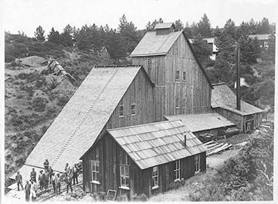HelavetiaMine-1901 Black & White photo