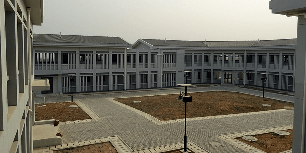 The faculty research and postgraduate laboratory block
