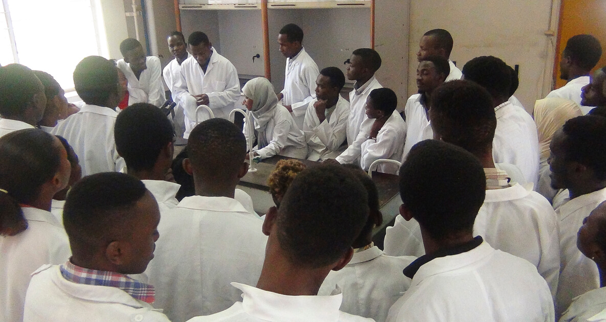 Vet students practical session