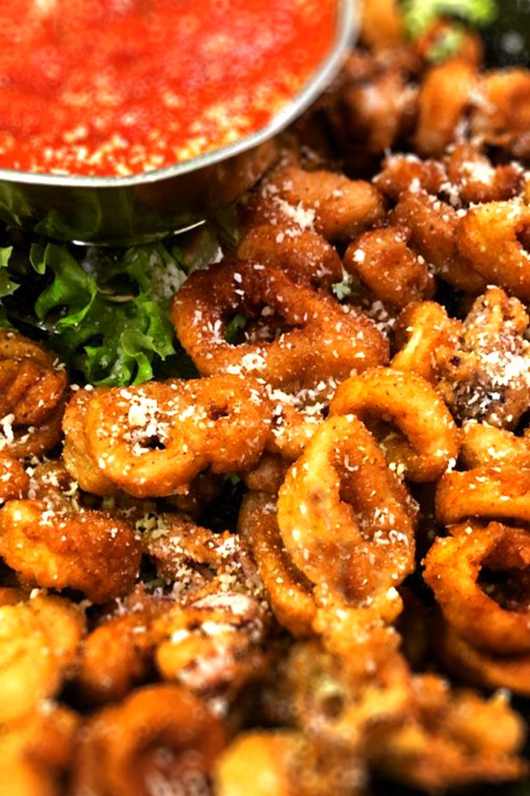Toss'd Italian Bar & Grille Calamari
