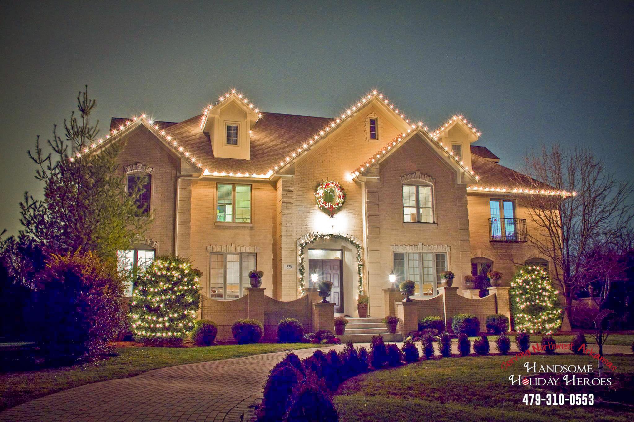 christmas light decorator in Fayetteville Arkansas