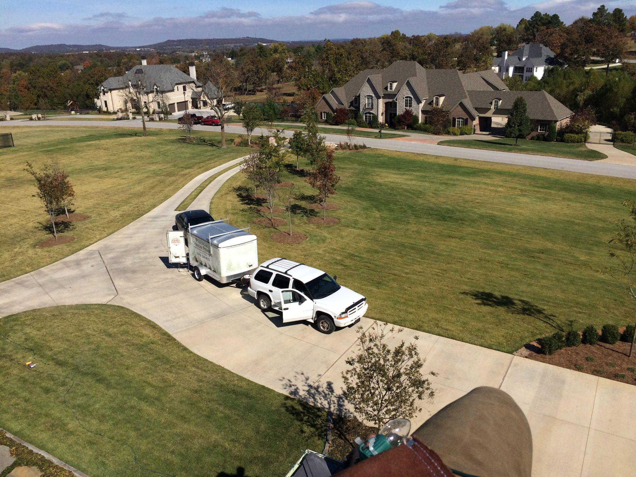 Christmas light installer truck and trailer in Northwest Arkansas