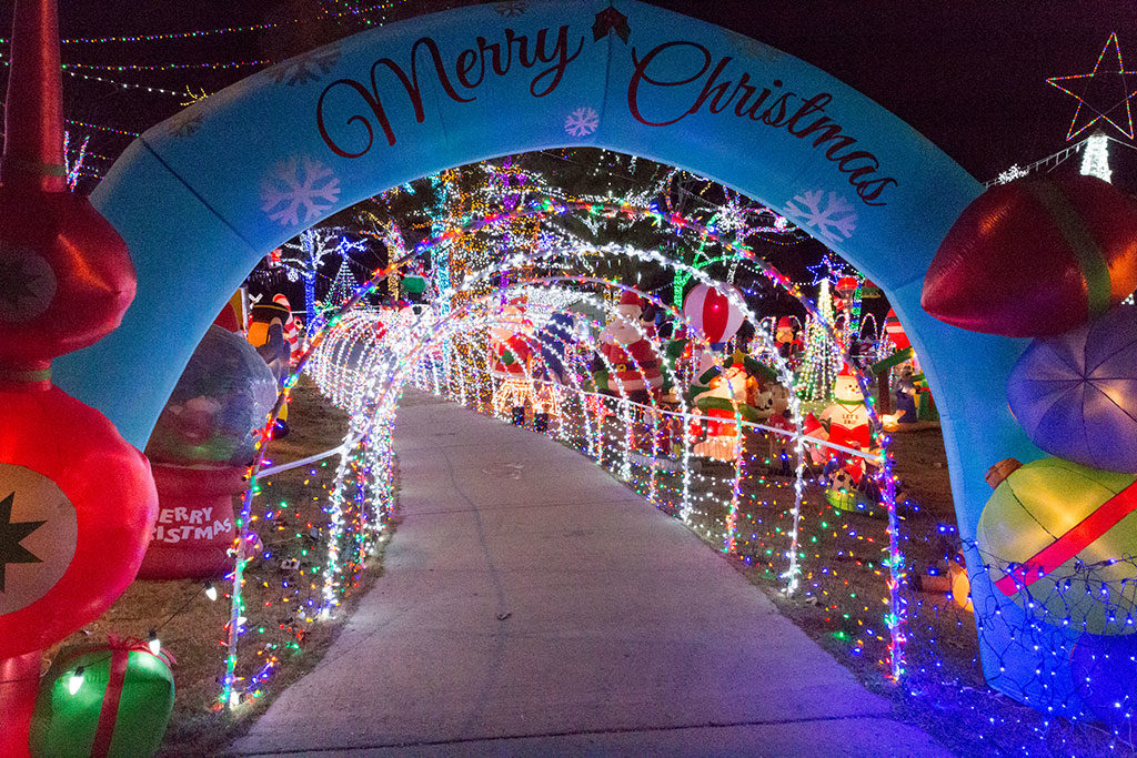 Fayetteville Arkansas Christmas light display
