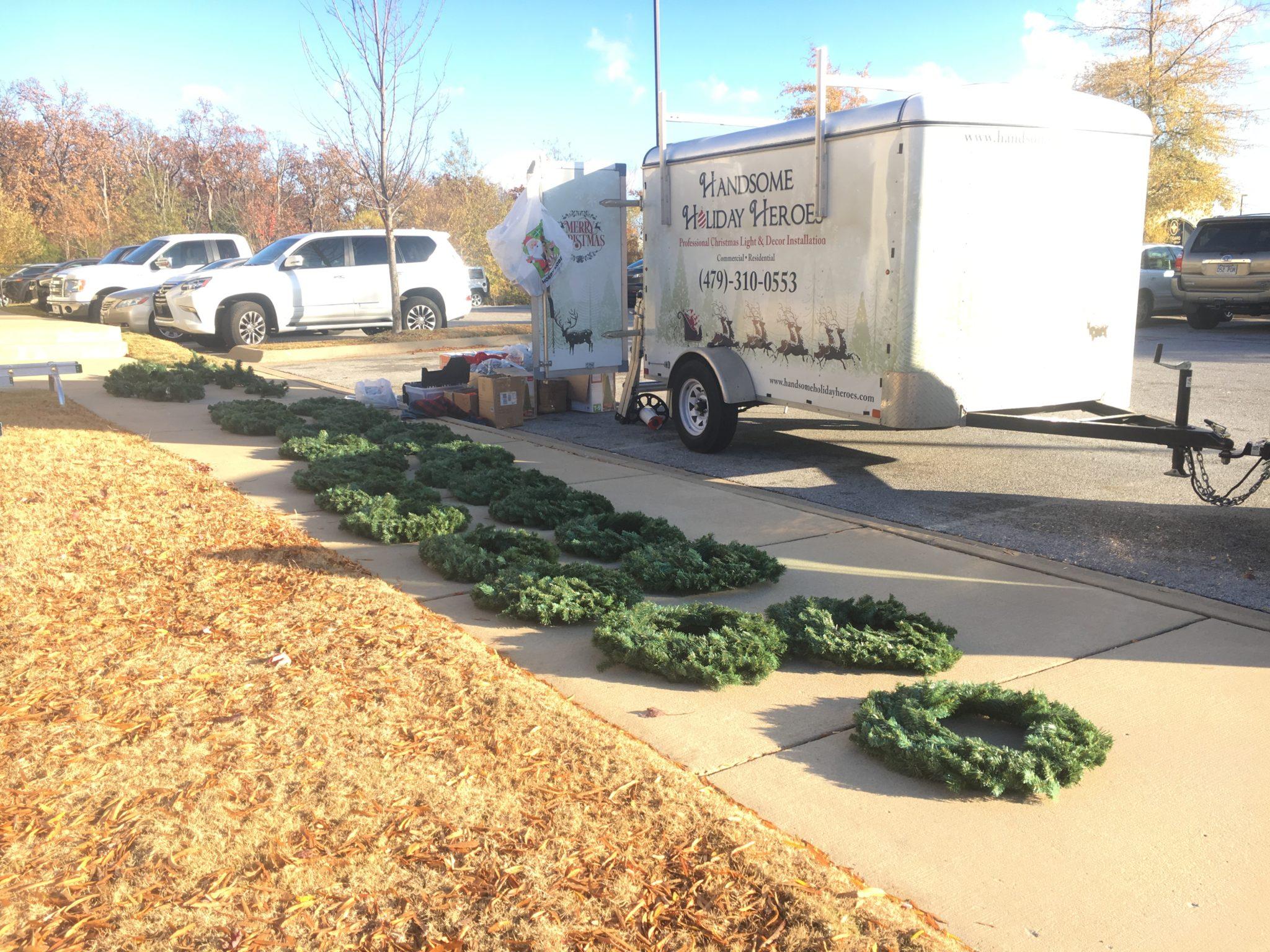 professional christmas decorator in Fayetteville Arkansas