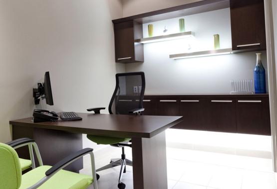 Mint Dental Clinic - Burlington Dentist Office - Consultation area