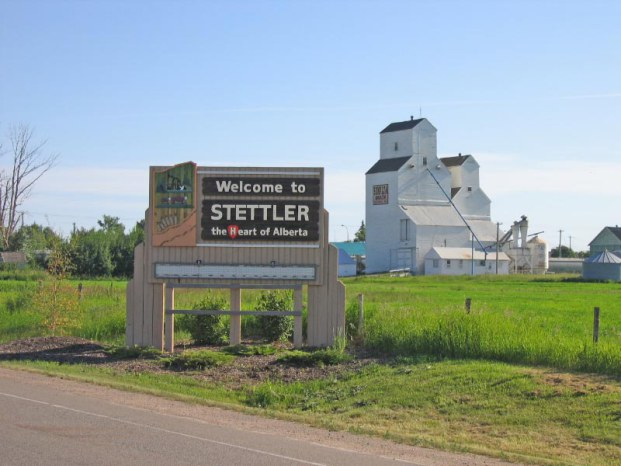 Welcome to Stettler sign