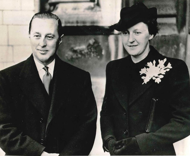 Black and white photograph of Garfield and Reta Weston
