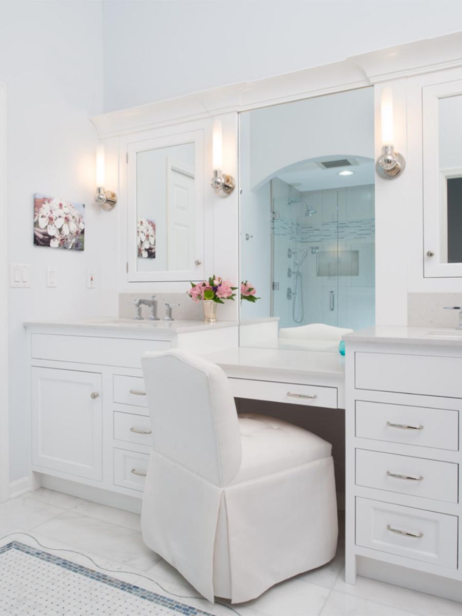 Kitchen Studio:KC Mater Bath Remodel