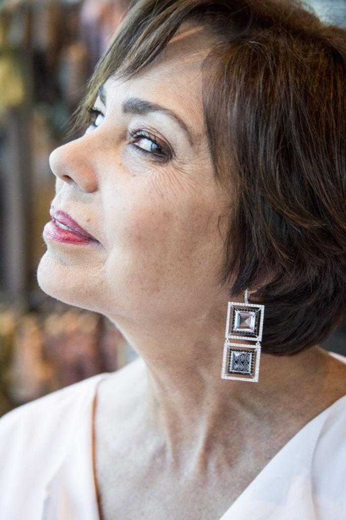 chuky- reyna- miami- fashion-blogger-wearing-magama-earrings-grateful-thanksgiving