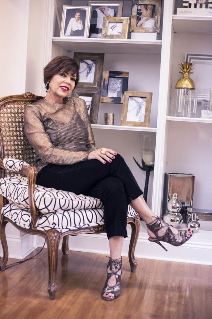 miami-based-venezuelan-fashion-blogger-chuky-reyna-wearing-sazingg-fine-jewelry